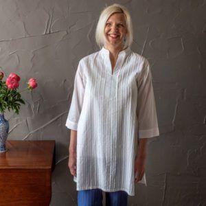 Judith shirt - white cotton (long)